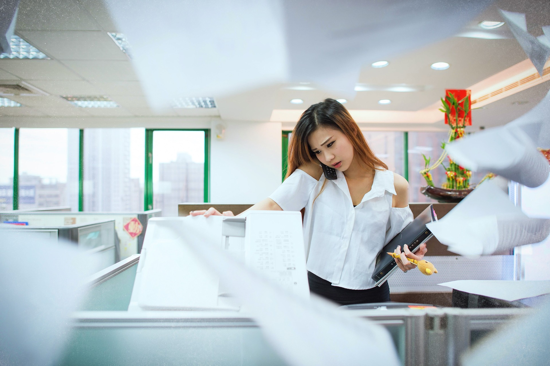 marketing_stock_photo_busy_woman.jpg